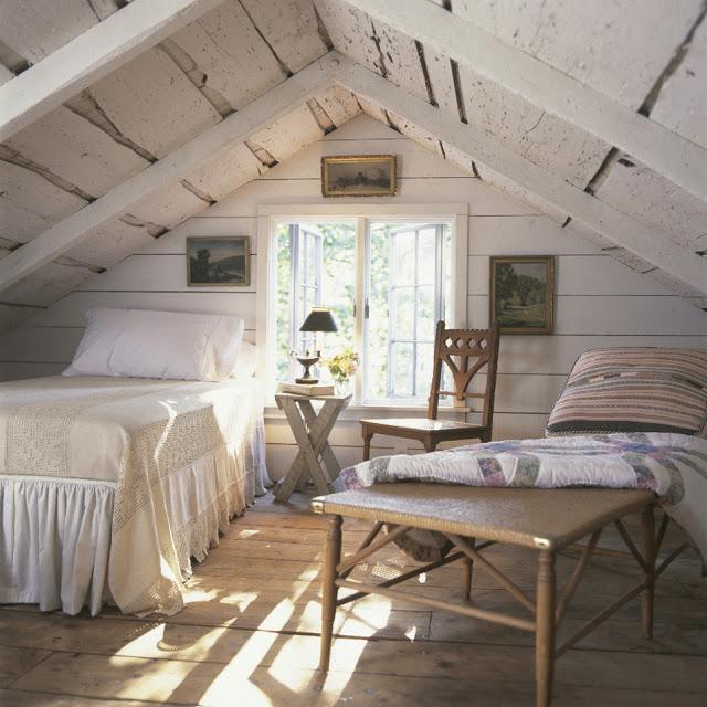 dormitor-rustic-mansarda