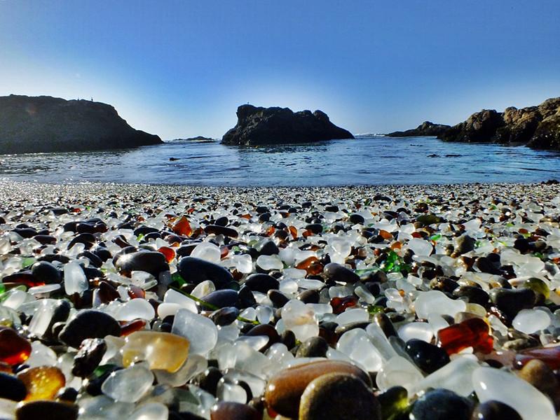 Plaja Glass Beach 2