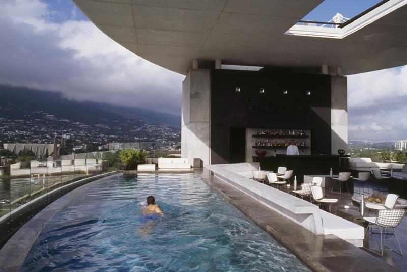 piscine spectaculoase 38