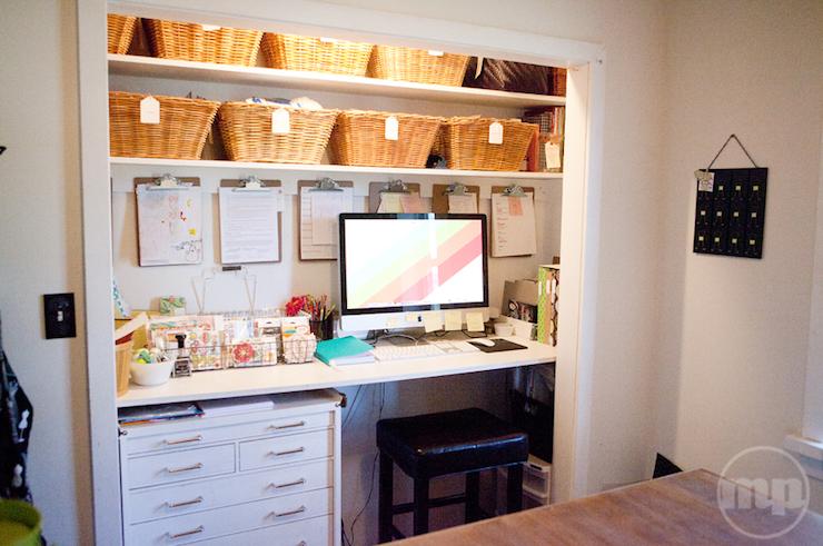 dulap transformat in birou 8