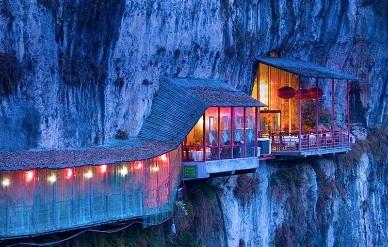 cele-mai-spectaculoase-restaurante-17