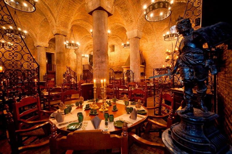 cele-mai-spectaculoase-restaurante-7