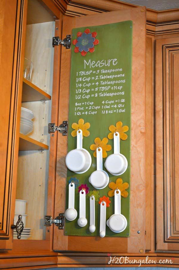 clever-hacks-for-small-kitchen-11