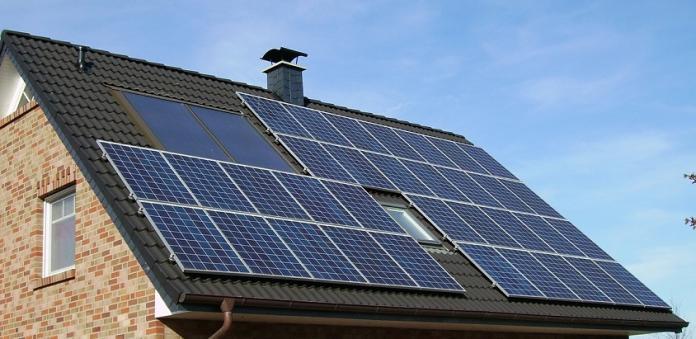 panouri solare casa ecologica
